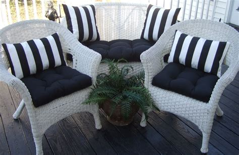 Wicker Settee Cushions Outdoor by Details About Outdoor Wicker Cushions Pillows 7 Pc Set