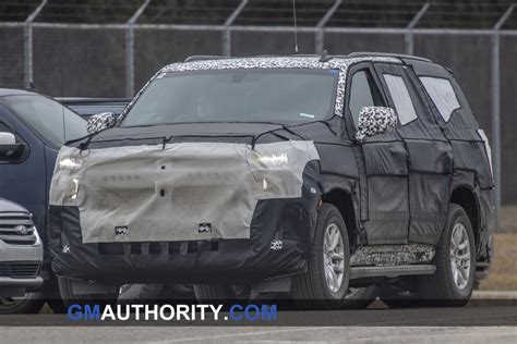 chevrolet suburban caught wearing production lights