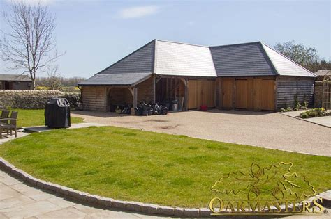 Lshaped Garage And Outbuilding With Utility Room And Gym