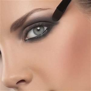 Quel Fard A Paupiere Pour Yeux Marron : conseils make up smocky eyes quel maquillage pour mes yeux bleus marrons verts ~ Melissatoandfro.com Idées de Décoration