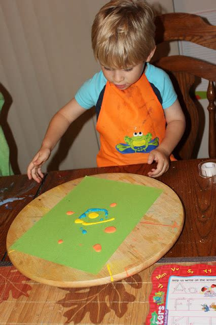 how to make a lazy susan for a kitchen cabinet momma s world spin paint using a lazy susan 9967