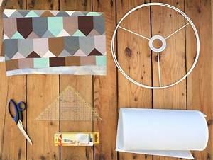 Lampenschirm Selber Machen Stoff : die besten 25 lampenschirm selber machen ideen auf pinterest lampe kugel solar licht und ~ Orissabook.com Haus und Dekorationen