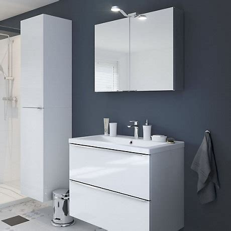 B Q Bathroom Cabinets by Bathrooms Showering B Q