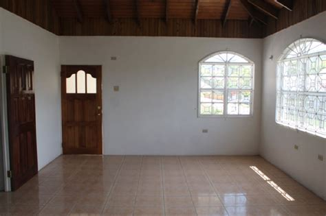 3 Bedroom 2 Bathroom House For Rent by 3 Bedroom 2 Bathroom House For Rent In Davis Town Scheme