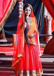Paridhi Sharma Wiki Biography and Hot Photo Gallery ...