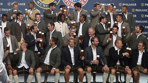 Beside a state profile, this page offers links to sources that provide you with information about this bundesland, e.g.: 01 Bayern München Wiesn Oktoberfest 2016 Paulaner 14092016 - Goal.com