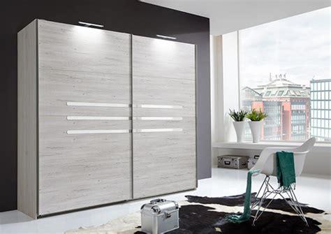 armoire chambre 2 portes armoire 2 portes coulissantes chambre à coucher chene