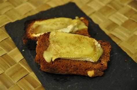 recette toasts pain  epices  camembert