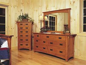 Mission style oak bedroom furniture craftsman bedroom for Mission style bedroom furniture