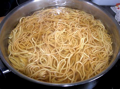 cuisiner les nouilles chinoises nouilles miss romania