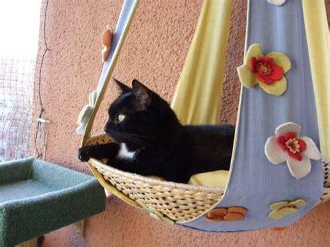 katzenspielzeug basteln ideen aussichtsplateau f 252 r katzen balkon mes chats balkon katzen und katzenm 246 bel