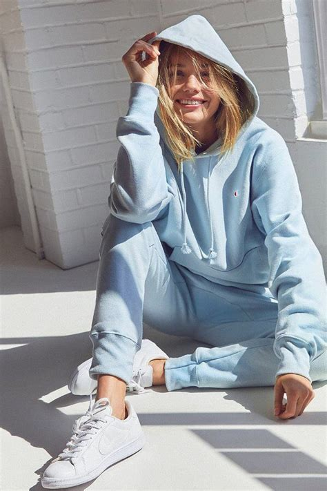 Best 25+ Hoodie outfit ideas on Pinterest | Hoodie outfit casual Sweatshirt outfit and ...