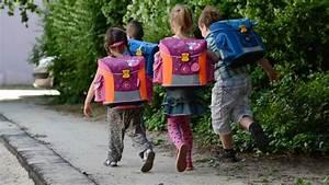 Hartz Vier Berechnen : armut in deutschland immer mehr kinder sind auf hartz iv angewiesen ~ Themetempest.com Abrechnung