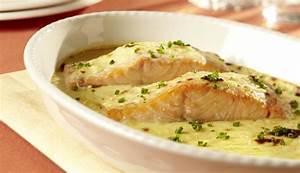 Soße Für Fisch : lachs mit schnittlauch zitronen sauce ~ Orissabook.com Haus und Dekorationen