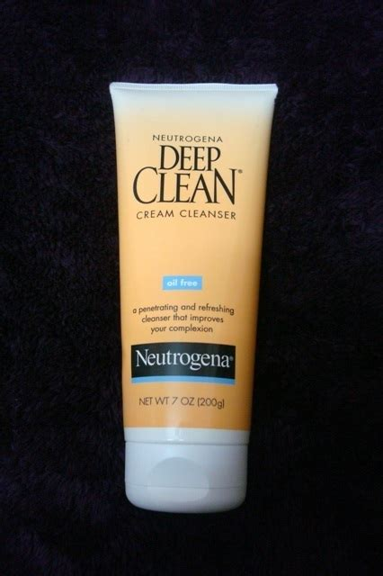 Neutrogena Deep Clean Cream Cleanser Review