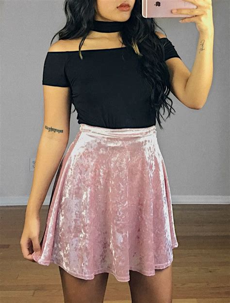 Best 25+ Velvet outfits ideas on Pinterest | Platforms Fancy clothes and Going out clothes