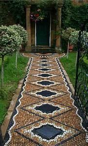 Gartenwege Aus Kies : gartenwege aus kieselsteinen interessante mosaik ideen ~ Watch28wear.com Haus und Dekorationen