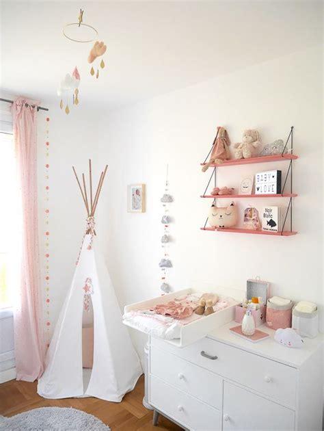 chambre bébé fille moderne les 25 meilleures idées concernant chambres de bébé fille