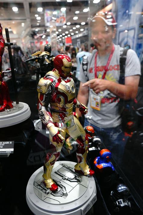 report sdcc  newcoming hot toys sideshow