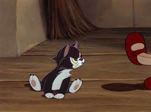 figaro the cat pinocchio s cleo and figaro are the best oh my disney awww