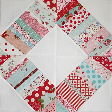 liberated wedding ring quilt liberated wedding ring block favequilts com