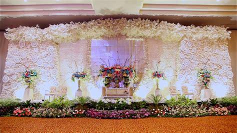 inspirasi  dekorasi pernikahan ala frozen  unik