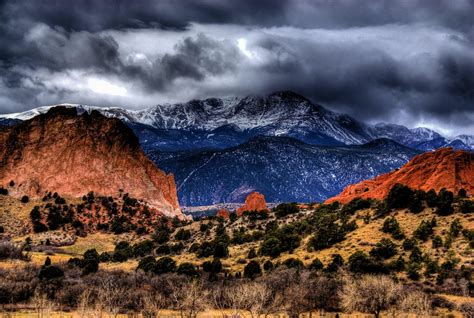 Garden Of The Gods Best Time To Visit by Garden Of The Gods Colorado Springs The Entrance To