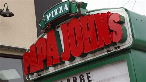Papa Johns Miami Gardens by Papa S Reports 5th Quarter Of Declining Sales