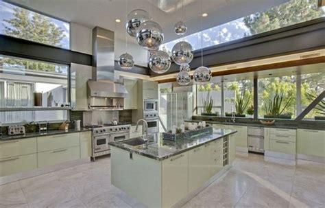 chef design kitchen justin bieber ya encontr 243 nidito de para 233 l y selena 2135