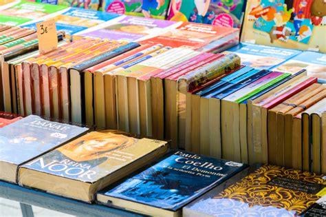 books   read    university