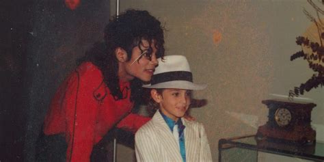 michael jackson  expert  child sexual abuse watches
