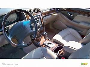 Beige Interior 2002 Hyundai Xg350 L Sedan Photo  54937285
