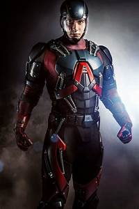 Update  First Look At Brandon Routh Suited Up As The Atom