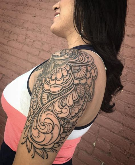 foto de Best 25+ Shoulder cap tattoo ideas on Pinterest Flower