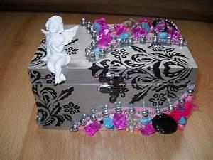 Boite Archive Deco : bo te a bijoux tr s girly avec ange et breloques les cr ations d 39 engelyne ~ Teatrodelosmanantiales.com Idées de Décoration