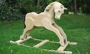 Cheval En Bois à Bascule : yves largiller sculpteur articles de presse sur yves ~ Teatrodelosmanantiales.com Idées de Décoration