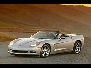 Moderne Autos : 2005 chevrolet corvette c6 convertible front angle road 1024x768 wallpaper ~ Gottalentnigeria.com Avis de Voitures