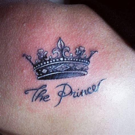 crown tattoos   royal inking dreams