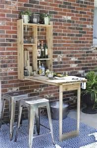 Bookcase Pallet by 63 Mod 232 Les Originaux De Table Gain De Place Archzine Fr