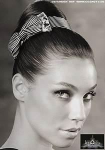 Haarband Für Dutt : frisuren bilder strenger hoher dutt mit niedlicher schleife frisuren haare ~ Frokenaadalensverden.com Haus und Dekorationen
