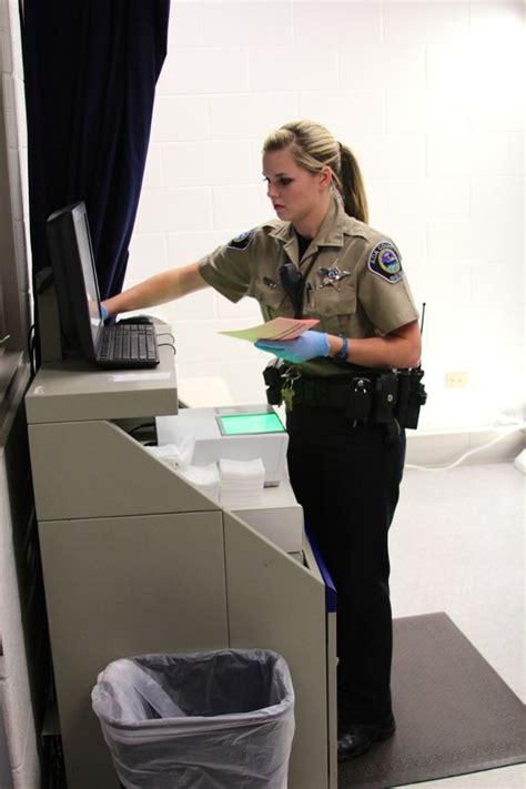 cuna glassdoor detention deputies ada county sheriff office photo