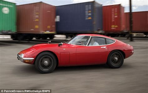 toyota two seater sports car 1967 toyota 2000 gt from bond you only live