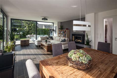 Moderne Häuser Innenausstattung by Haus Innen Modern Parsvending