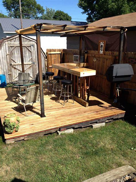 garden pallet bar deck  pallets