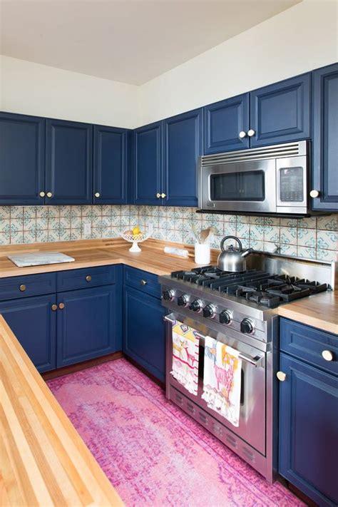 light blue kitchen backsplash 30 gorgeous blue kitchen decor ideas digsdigs 6959
