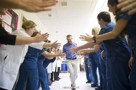 voices   front lines  nurses feel  ebola