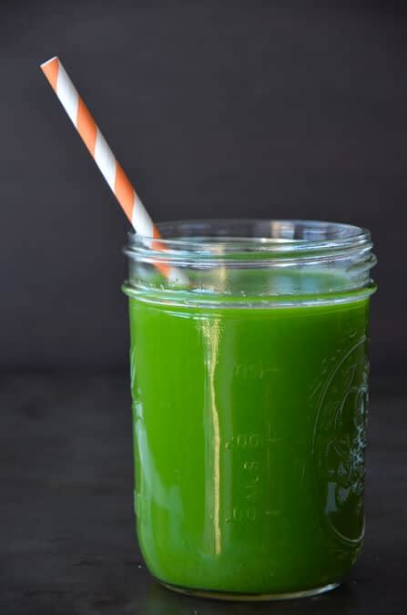 green juice in a blender recipe
