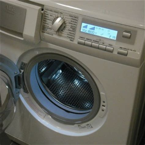 front load vs top load washer the pros and cons of front load vs top load washing machines what to expect