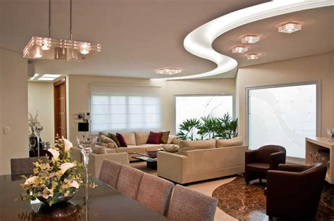 model plafon ruang tamu kayu  gypsum terbaru