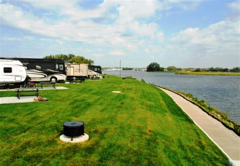 good sam lists top waterfront rv parks grlakescamper